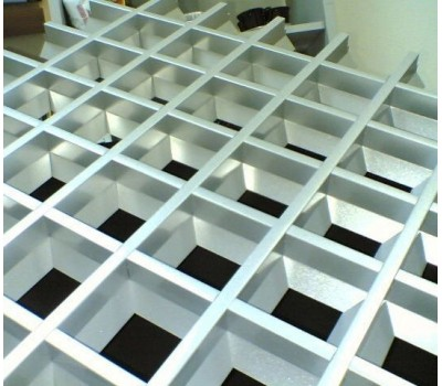 Грильято пирамидальная яч. 60 RAL 9003/9005/9006